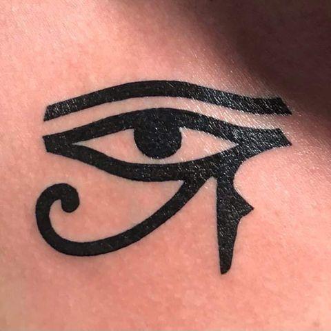 tatouage-art- au gant